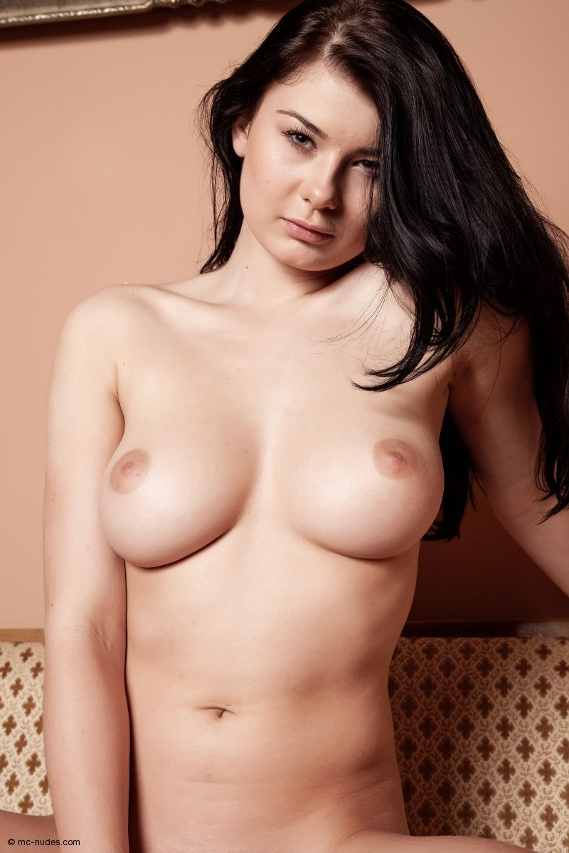 lucy lee nude