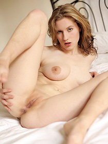 Horny Natural Chick